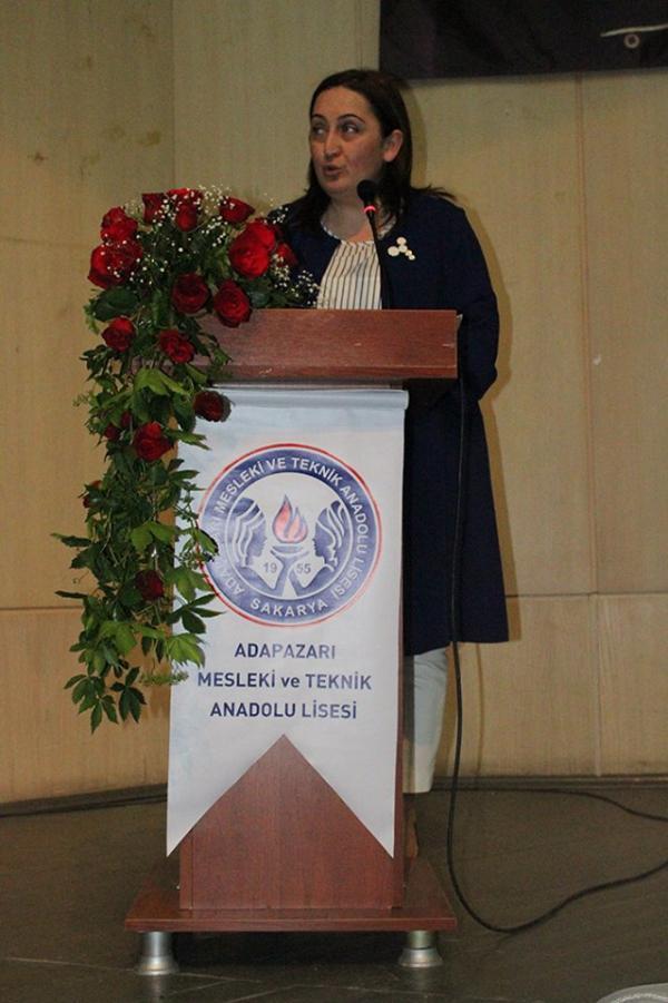 Okul Müdürümüz Dilek Balcı Saygılı